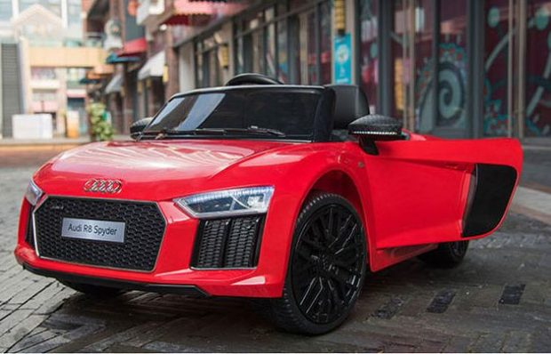 Xe hơi điện thể thao Audi R8