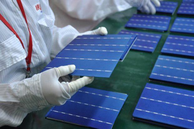 Xuất sứ của những tâm pin mặt trời