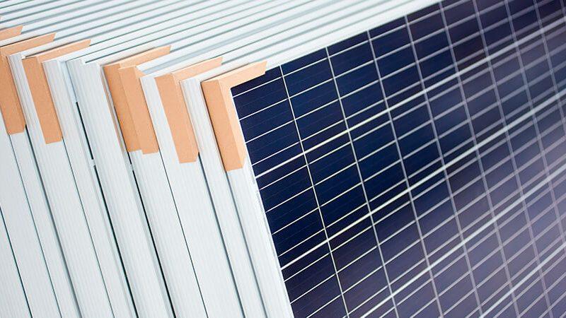 mua tấm pin năng lượng mặt trời ở tphcm