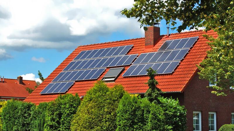 tấm năng lượng mặt trời loại nào tốt