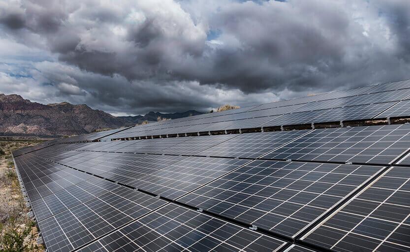 Tấm pin mặt trời có hoạt động vào mùa mưa
