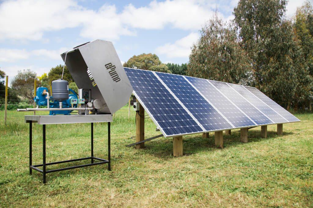 bơm năng lượng mặt trời là gì